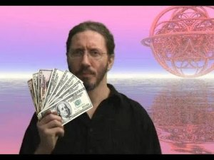 Look everyone! An out-of-context picture of Thunderf00t, which suggests he likes money!
